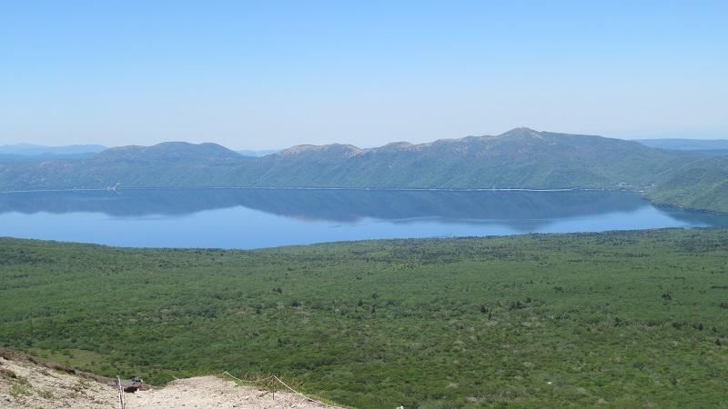 山頂支笏湖方面